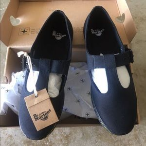 NWT Dr. Martens Mary Janes